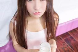清纯妹子性感丝袜比基尼美女-牛奶呆萌表情